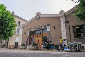 Accueil influenceurs : Les Zed ont testé Le handbike éléctrique sur la ViaRhôna- Récit et Vidéo –